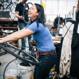 Bike Maintenance 101 – in which I get my hands dirty and fix a flat to the amazement of all who know me